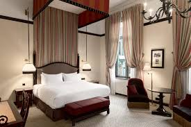 Hotel des Indes, Hotel Website