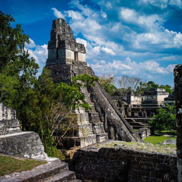 Maya civilizations and water explorations (9 days)