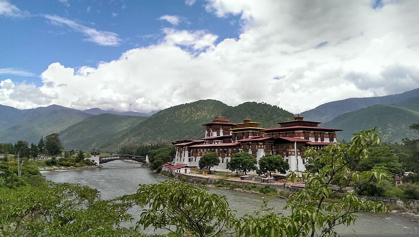 Palace of Great happiness, Punakha Dzong, Bhutan, Pixabay.com