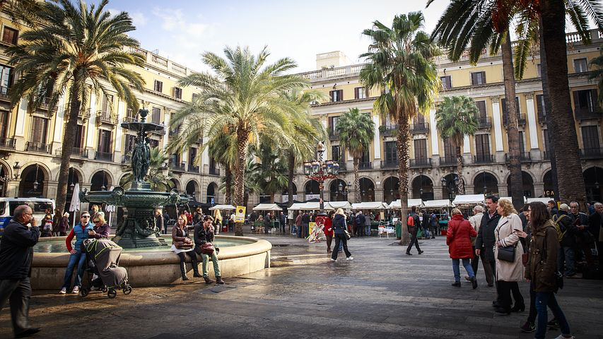 Barcelona Square, Spain, Pixabay.com